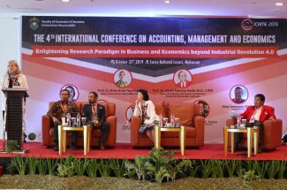"Universitas Hasanuddin melalui Fakultas Ekonomi dan Bisnis kembali menggelar konferensi internasional yang bertajuk ""The 4th International Conference on Accounting, Management, and Economics"" (ICAME 2019)."
